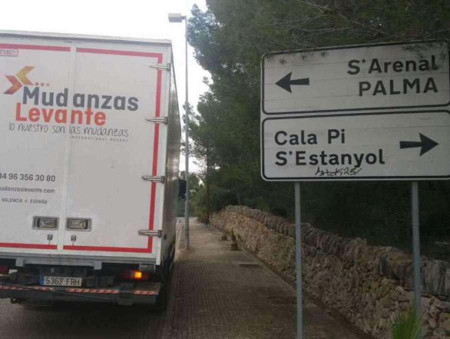 Mudanzas a Palma Mallorca Arenal Estanyol Son veri nou