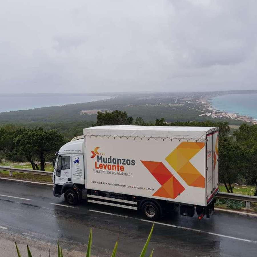 Mudanzas Formentera